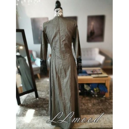 Long  linen dress with laces
