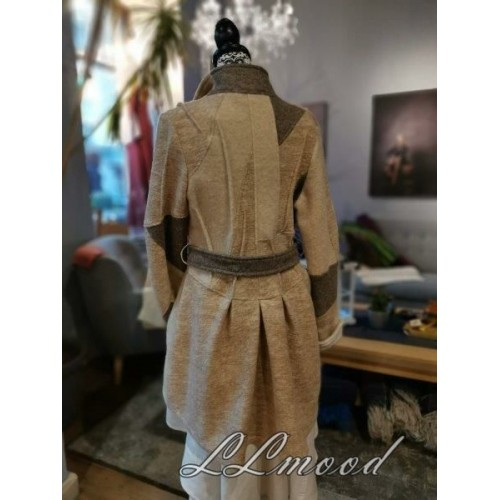 Wool cardigan 239