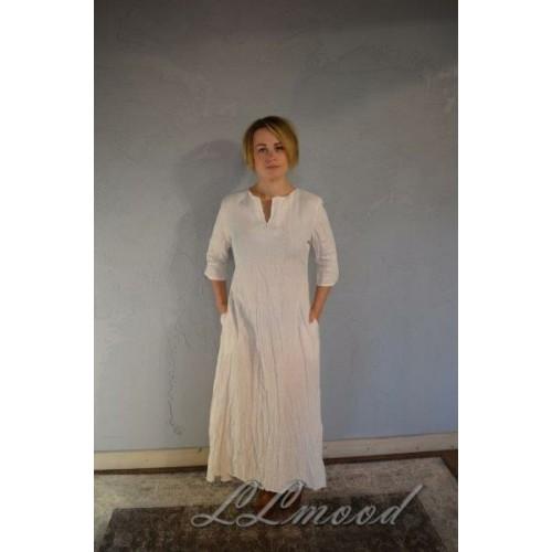 Garā lina kleita