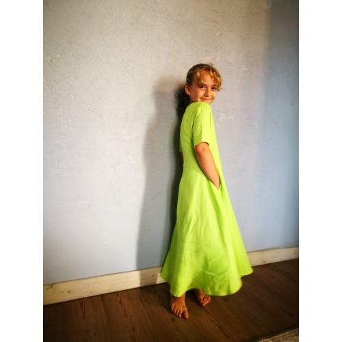 Girl's linen dress